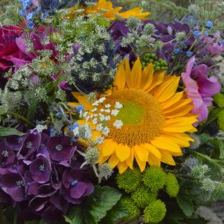 corbeille de fleurs coupées