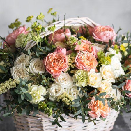 votre artisan fleuriste vous propose le bouquet : Corbeille de fleurs