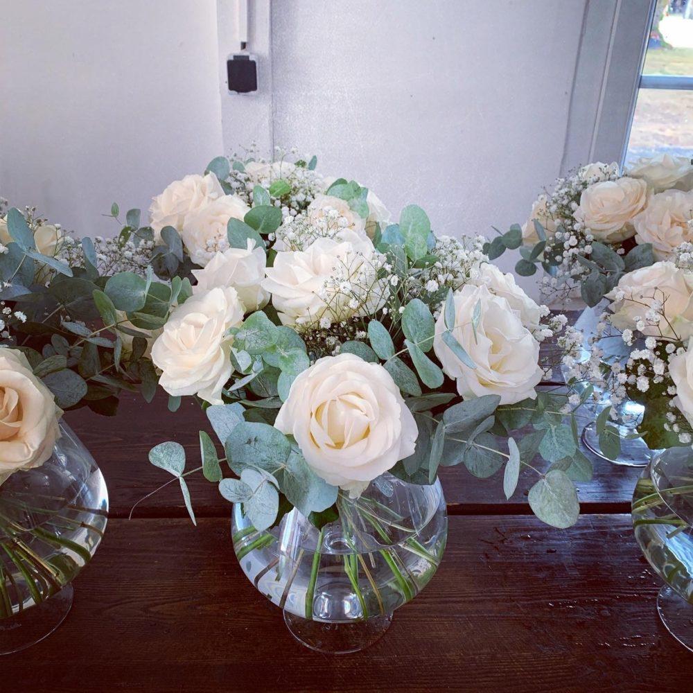 Centre de table de roses