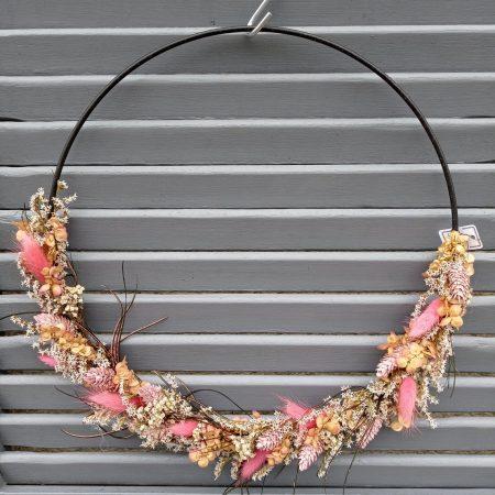 votre artisan fleuriste vous propose le bouquet : Couronne Bohème Ton Pastel