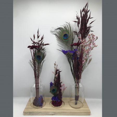 votre artisan fleuriste vous propose le bouquet : # Bordeaux & Peacock Composition #