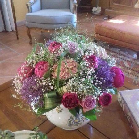 votre artisan fleuriste vous propose le bouquet : Bouquet Nature 60cm diamètre