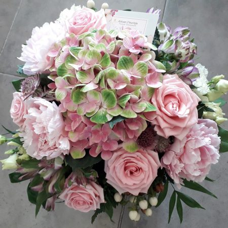 votre artisan fleuriste vous propose le bouquet : Bouquet Pastel Rose