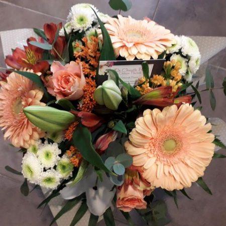 votre artisan fleuriste vous propose le bouquet : Bouquet Chaud