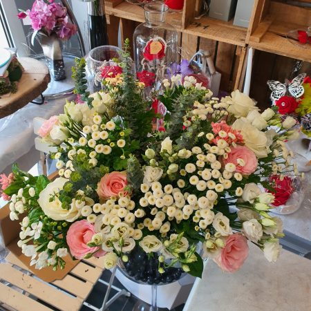 votre artisan fleuriste vous propose le bouquet : Bouquet Au Jardin De Cecilia