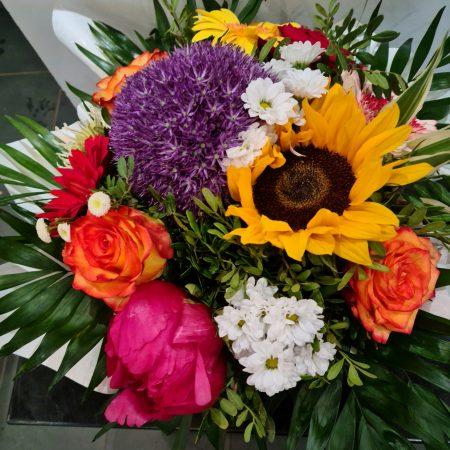 votre artisan fleuriste vous propose le bouquet : Bouquet colorés