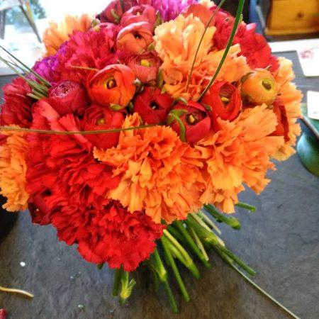 votre artisan fleuriste vous propose le bouquet : Bouquet orange