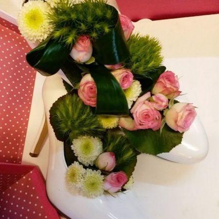 votre artisan fleuriste vous propose le bouquet : Tenue de soirée