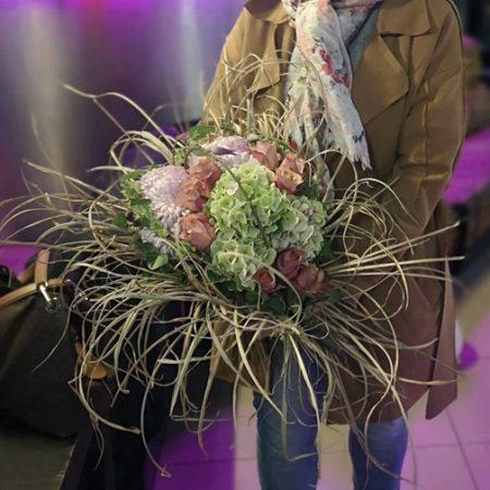 votre artisan fleuriste vous propose le bouquet : Fireworks Flowers