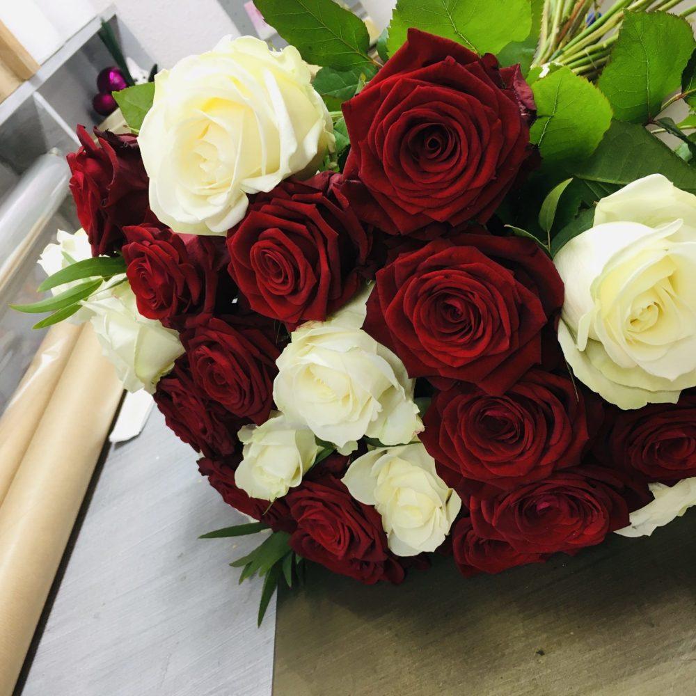 Roses de A Fleur Et A Mesure