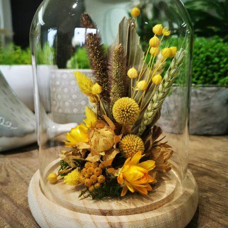 votre artisan fleuriste vous propose le bouquet : Cloche Fleurs Séchées