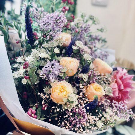 votre artisan fleuriste vous propose le bouquet : Bouquet Pastel