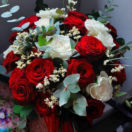 votre artisan fleuriste vous propose le bouquet : Déclaration d'amour