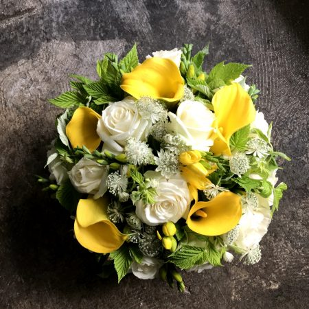 votre artisan fleuriste vous propose le bouquet : Bouquet « Dauphine »