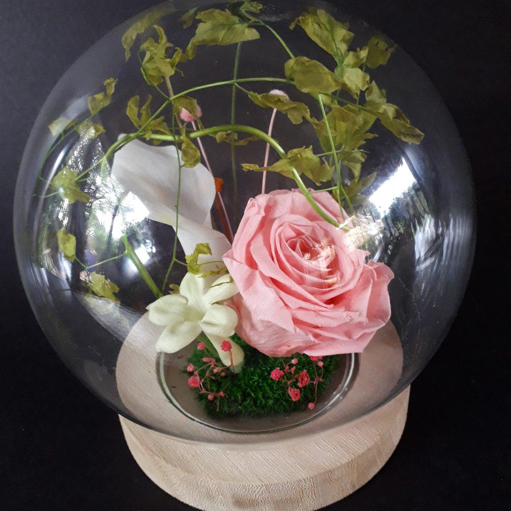 composition florale / cloche en verre / a poser