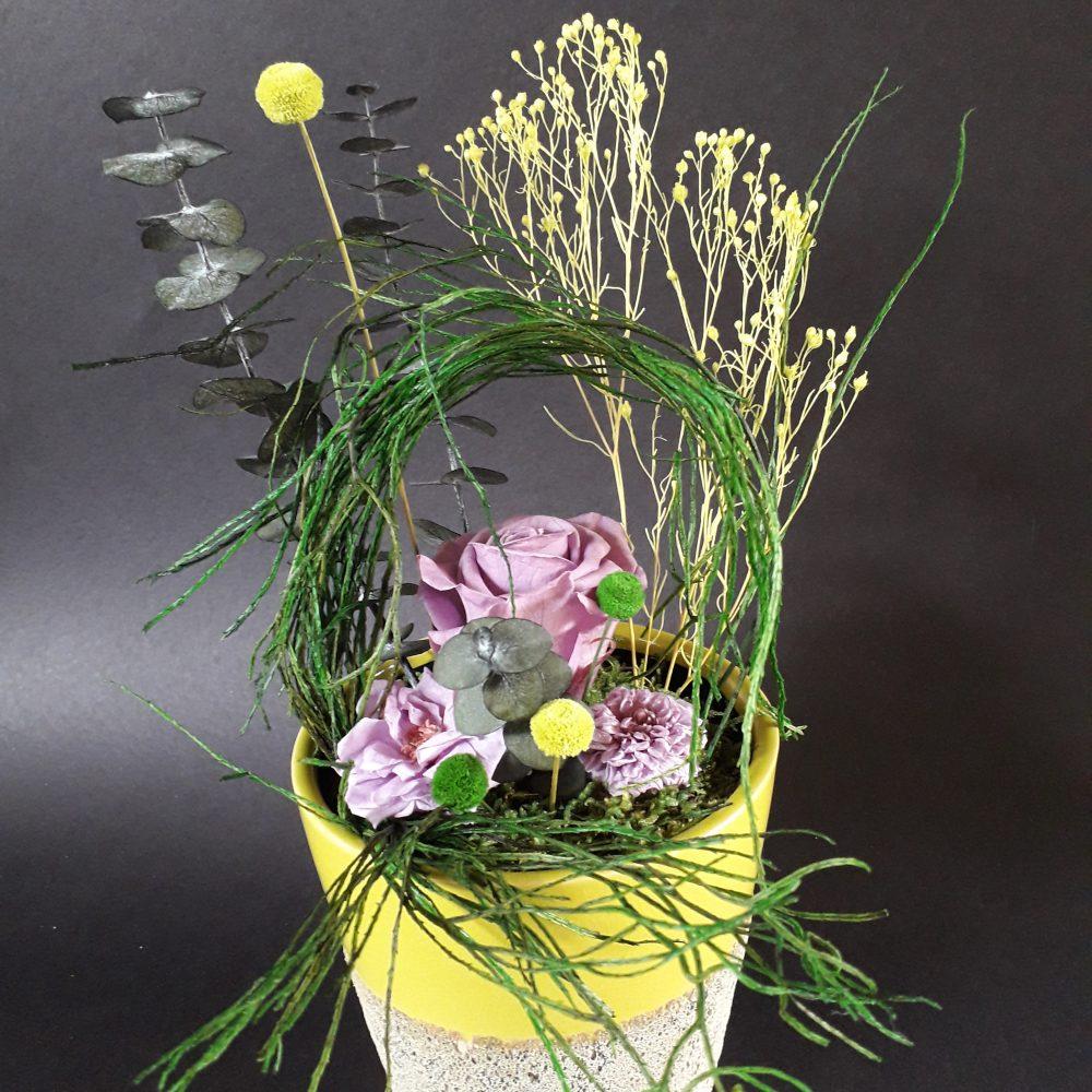 composition florale / vase en ceramique rond gm / a poser