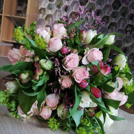 votre artisan fleuriste vous propose le bouquet : Bouquet Le Trefle A Quatre Fleurs