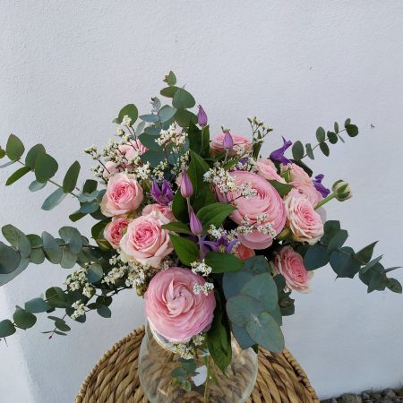 votre artisan fleuriste vous propose le bouquet : Douceur de printemps