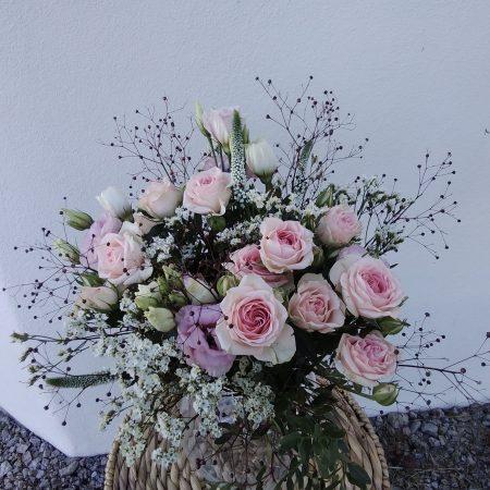 votre artisan fleuriste vous propose le bouquet : Brume printannière