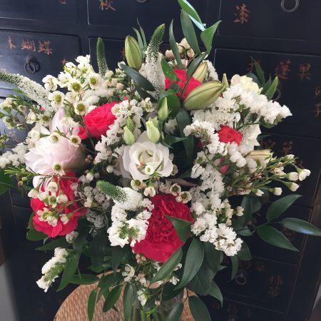 votre artisan fleuriste vous propose le bouquet : Cadeau de mariage