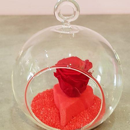 votre artisan fleuriste vous propose le bouquet : Rose stabilisée