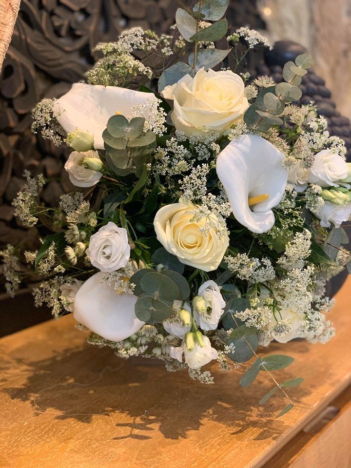 Bouquet De Fleurs Champêtre Blanc