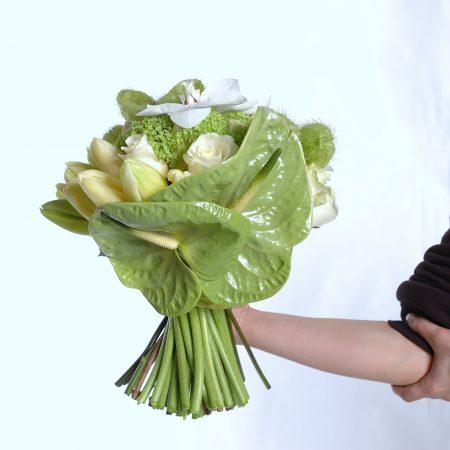 votre artisan fleuriste vous propose le bouquet : Bouquet Blanc et Vert