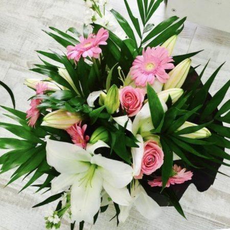 votre artisan fleuriste vous propose le bouquet : Bouquet Lobelia