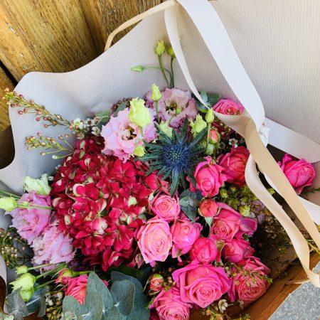 votre artisan fleuriste vous propose le bouquet : Bouquet Intensément Rose