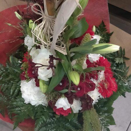 votre artisan fleuriste vous propose le bouquet : Bouquet Rouge et Blanc