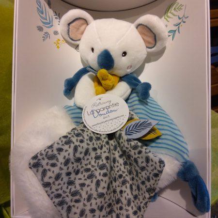 votre artisan fleuriste vous propose le bouquet : Doudou Koala
