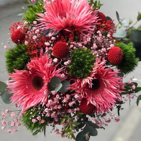 votre artisan fleuriste vous propose le bouquet : Bouquet Merveille