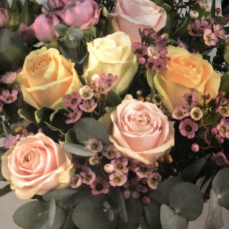 votre artisan fleuriste vous propose le bouquet : Bouquet De Roses