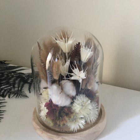 votre artisan fleuriste vous propose le bouquet : Cloche Giorgia