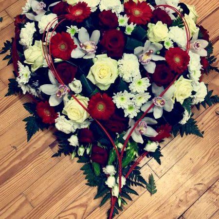 votre artisan fleuriste vous propose le bouquet : Coeur