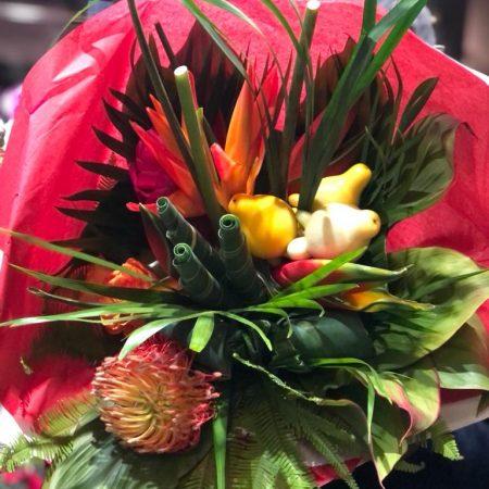votre artisan fleuriste vous propose le bouquet : Bouquet Exotique