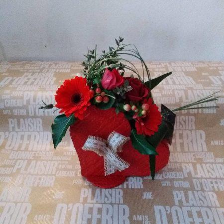 votre artisan fleuriste vous propose le bouquet : Je T'Aime En Cœur