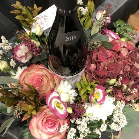 votre artisan fleuriste vous propose le bouquet : Le Duo: Vignes & Fleurs