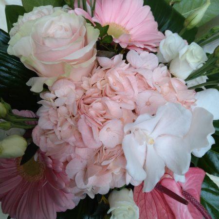votre artisan fleuriste vous propose le bouquet : Bouquet Rond Rose