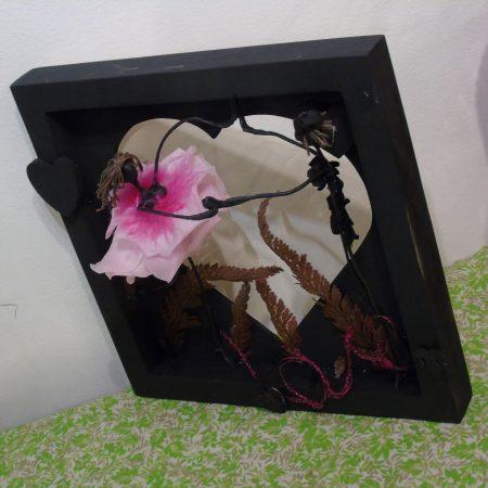 votre artisan fleuriste vous propose le bouquet : Tableau , Les Amoureux