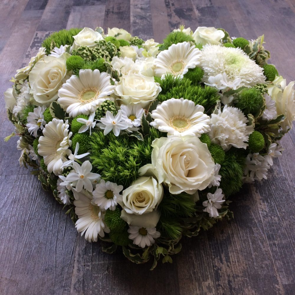 Coeur De Deuil (Composé De Fleurs Variées)