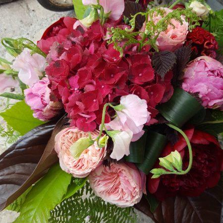 votre artisan fleuriste vous propose le bouquet : Bouquet Du Fleuriste Tons Rose