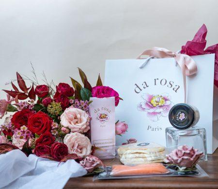 votre artisan fleuriste vous propose le bouquet : Coffret Gourmandise D'Amour