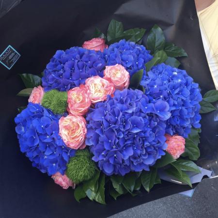 votre artisan fleuriste vous propose le bouquet : Bouquets Pep's