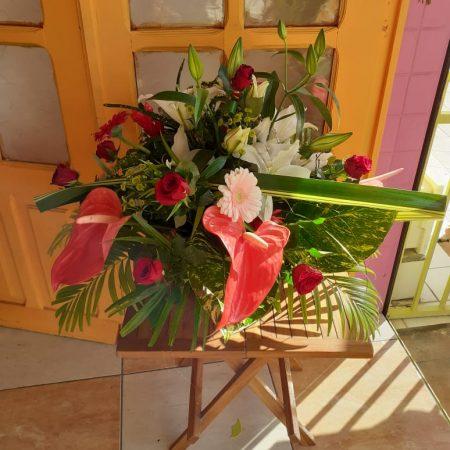 votre artisan fleuriste vous propose le bouquet : Bouquet Velours
