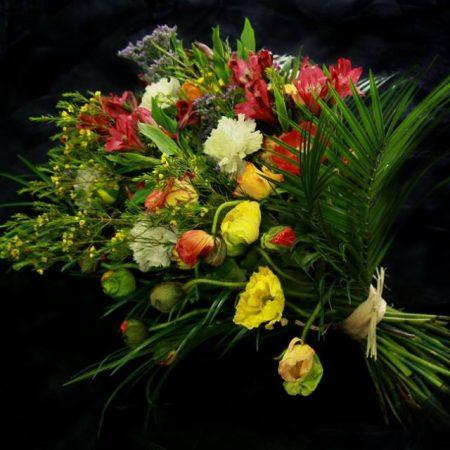 votre artisan fleuriste vous propose le bouquet : Bouquet Du Dernier Adieu