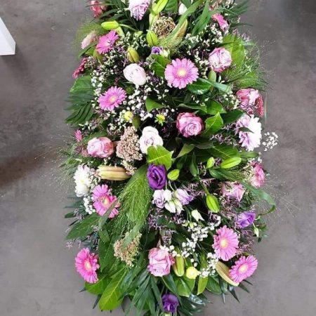 votre artisan fleuriste vous propose le bouquet : Gerbe Dernier Aurevoir