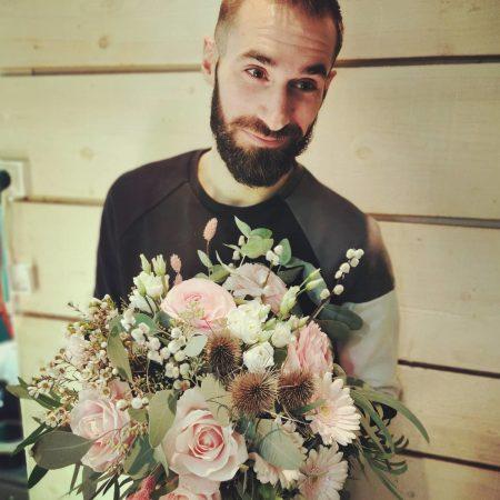 votre artisan fleuriste vous propose le bouquet : Douceur