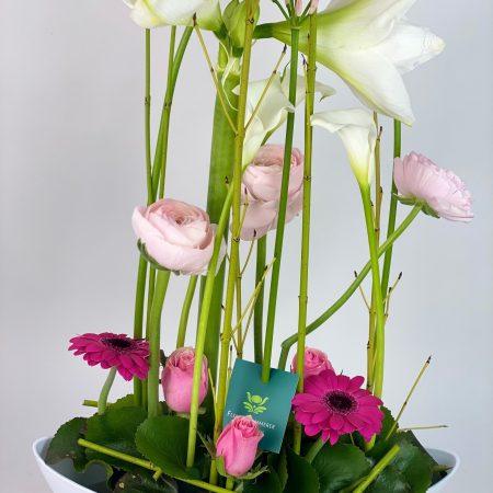 votre artisan fleuriste vous propose le bouquet : Les Fleurs En Mouvement
