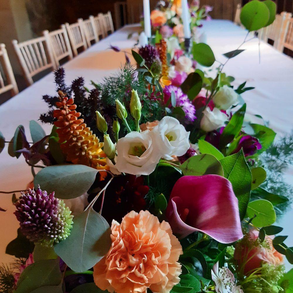 Composition de fleurs piquées